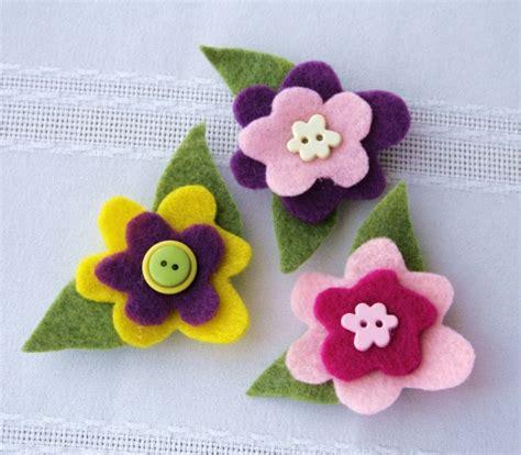 Imanes con flores de fieltro en 5 pasos ~ Portal de ...