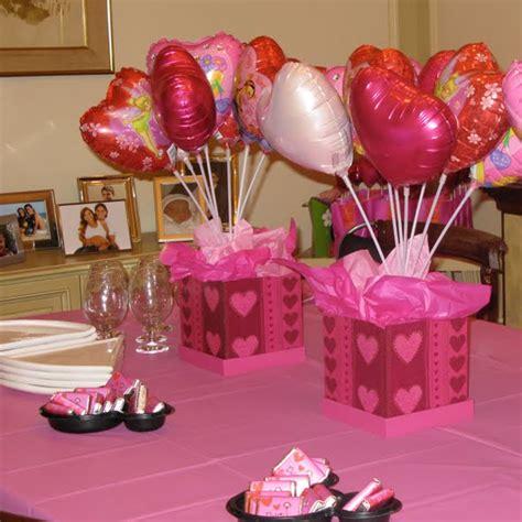 invitar con colores OLD: Centros de mesa y arreglos con globos