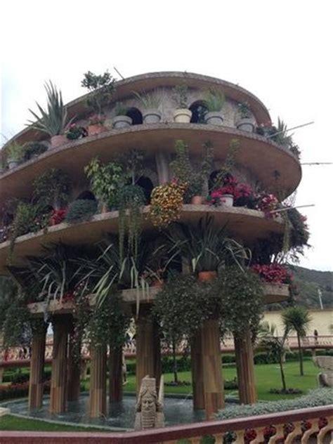 jardines colgantes de babilonia   Picture of Parque Jaime ...
