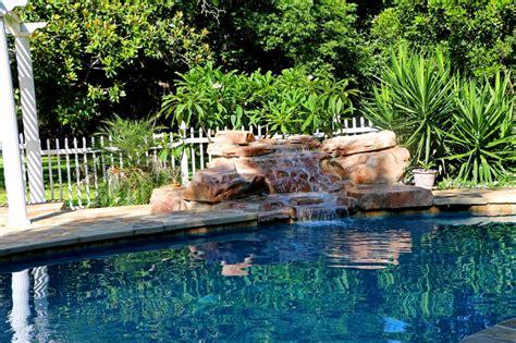 Jardines con Fuentes de Agua