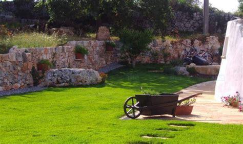 Jardines con piedras artificiales: lo último en decoración