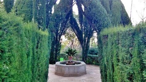 Jardines de Laribal, mucho encanto en Montjuïc   Lugares ...