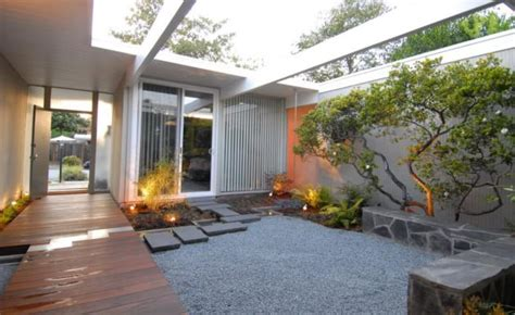 Jardines japoneses clasicos y modernos