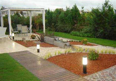 jardines modernos con piedras | inspiración de diseño de ...