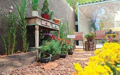 jardines rusticos sencillos y baratos | Hoy LowCost