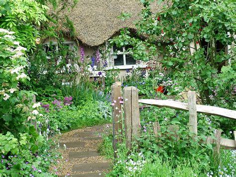 jardinitis: Jardines rústicos