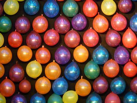 Kostenloses Foto: Luftballons, Bunt, Schießbude ...