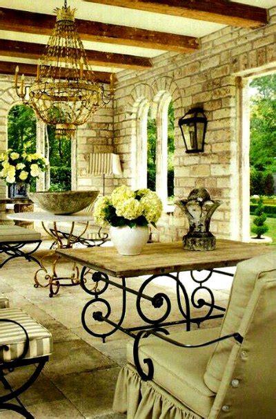 Lámparas de forja para patios rústicos  Forja Hispalense Blog