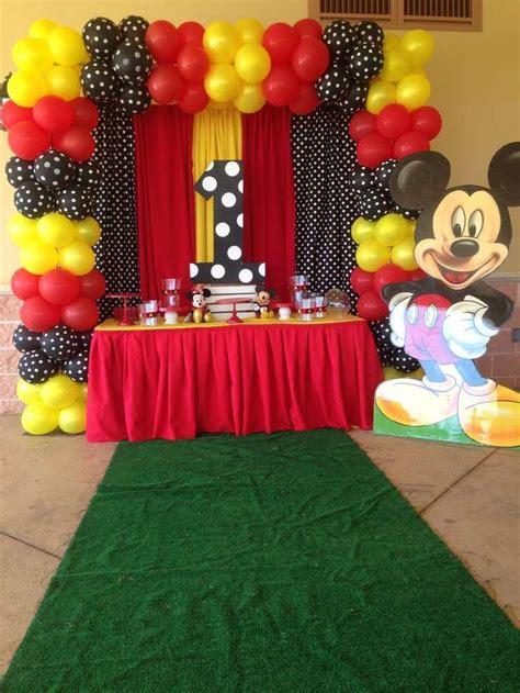 Las 25+ mejores ideas sobre Cumpleaños mickey mouse en ...