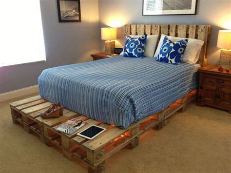Light Pallets Bed – DIY | Home Design, Garden ...
