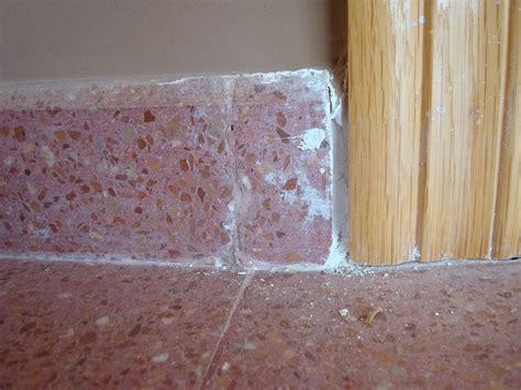 limpiar rodapié de terrazo | Hacer bricolaje es facilisimo.com