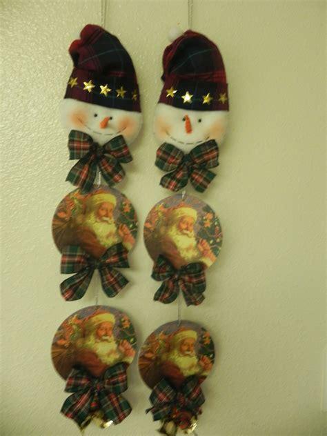 Manualidades para Navidad  Decoracion para la pared con CD ...