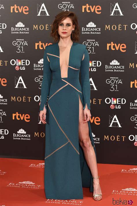 Manuela Vellés en la alfombra roja de los Premios Goya ...