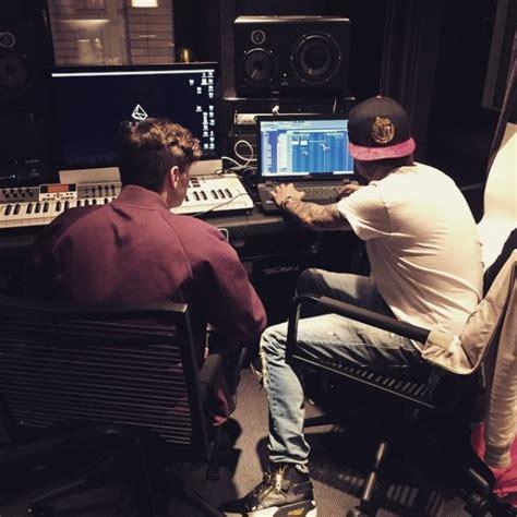 Martin Garrix & Avicii ft. John Legend – Waiting For Love ...