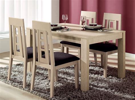 Mesa y 4 sillas madera de haya Muebles La Fábrica 2016 ...