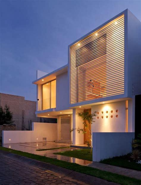 modelos de casas de dos pisos por dentro y por fuera ...