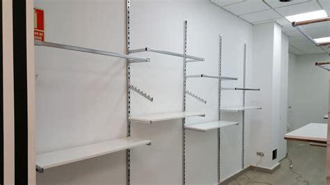 Mueble Para Colgar Ropa En Tienda – cddigi.com