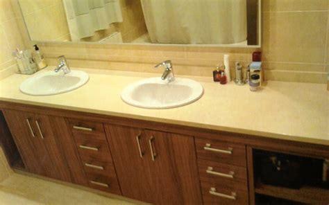 Muebles de baño a medida baratos en Madrid. Reparaciones.