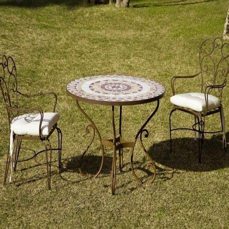Muebles de forja para terraza y jardín