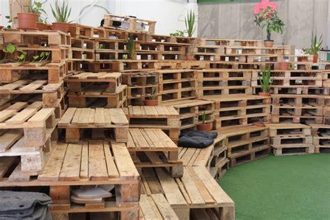 Muebles hechos con palets, alternativa de reciclaje