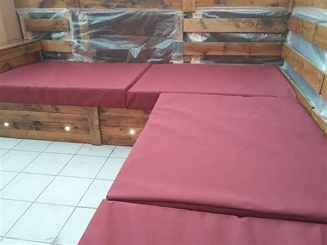Os enseño mi sofá que he hecho con palets.  Fotos ...