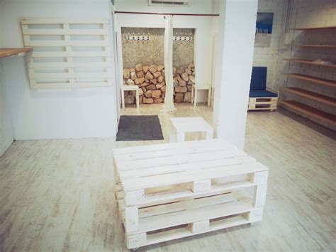 Palets De Madera Barcelona. Good Bal Con Palets With ...