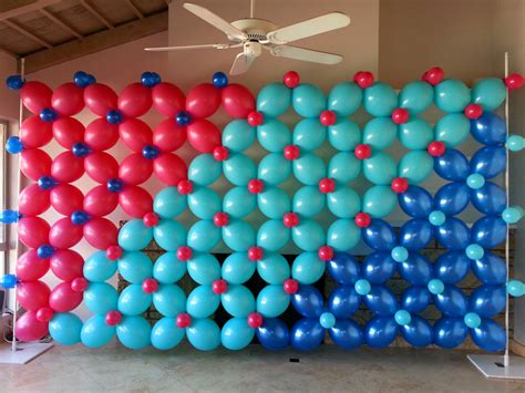 Panel de globos | Adornos con globos | Decoración con ...