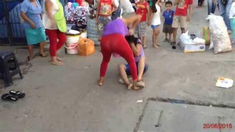 Pelea de mujeres peruanas y con las tetas al aire. HD ...