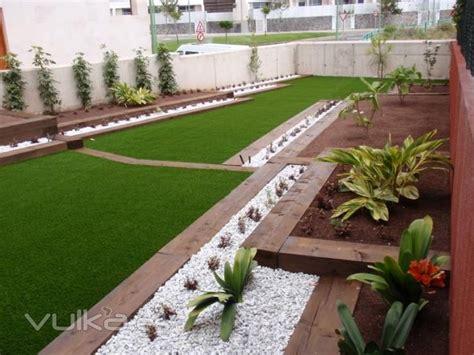 piedra blanca para jardin   Buscar con Google | Jardines ...