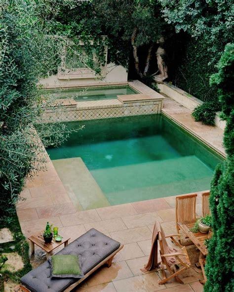 Piscinas pequeñas. Ideas para piscinas pequeñas en patios ...