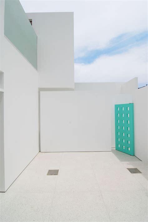 Piso de exterior, terrazo blanco onix grano 23. | Terrazo ...