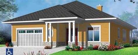 Plano de casa estilo americano de 1 piso
