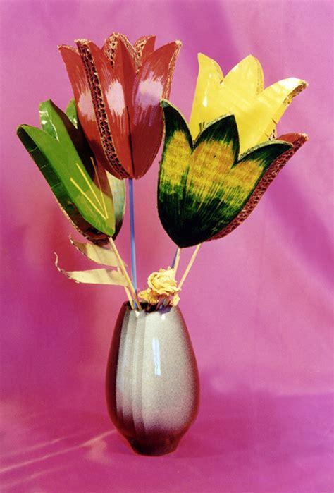 Plantilla o patrones para hacer flores de cartón reciclado ...