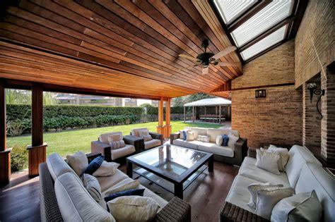 Porches   Jardines   Terrazas   Piscinas
