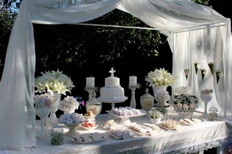 Primera comunión en color blanco   Impecable decoración ...