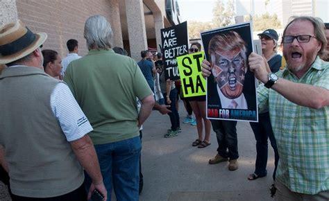 Protesta contra Donald Trump por su racismo e intolerancia ...