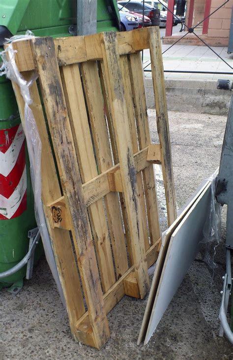 ¿Qué es un palet industrial de madera?