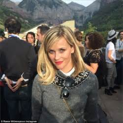 Reese Witherspoon poses by mountains, closes Telluride ...