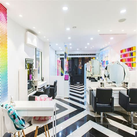 Salon Decorating Ideas: 4 Do's and 3 Don ts   Salons Direct
