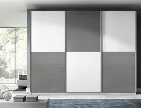 Selección de armarios: puertas correderas, ahorra espacio ...