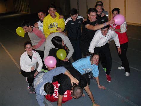Sesión de Juegos con globos – Ciclo TAFAD Sevilla