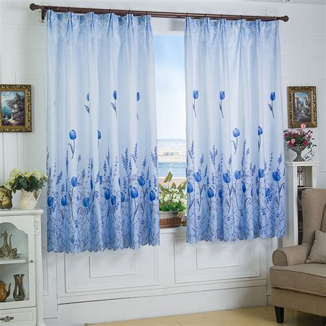 Short bedroom curtains – Bedroom at Real Estate