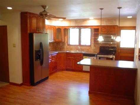 Simple kitchen cabinets layout design | GreenVirals Style