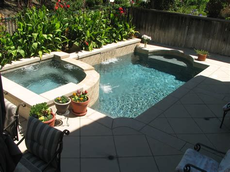Small Backyards | Pacific Paradise Pools