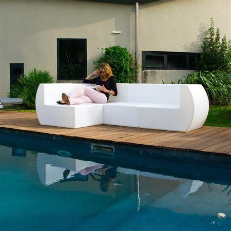 Sofá angular de diseño Chill Out para exteriores ...
