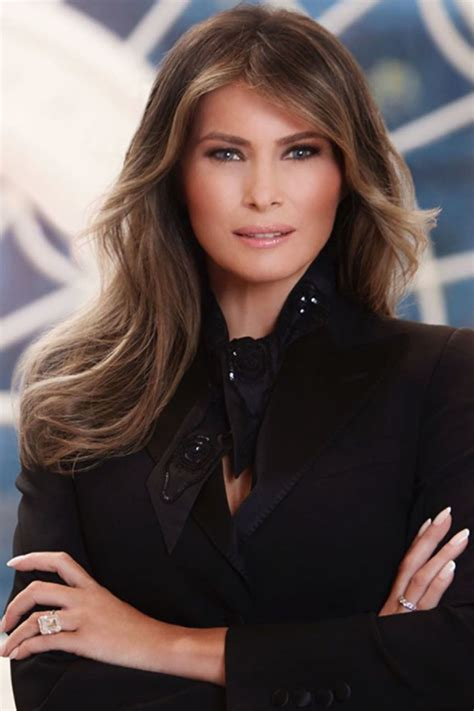 Stefano Gabbana Posts Melania Trump s White House Portrait ...