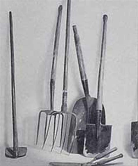 Tal Rasha: Herramientas de campo