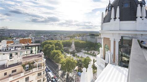 Terraza ático del Dear Hotel | Restaurante y coctelería en ...