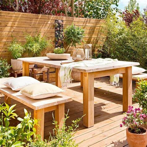Terraza de madera: exteriores al natural