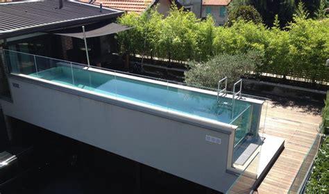 Terrazzo con pavimento in legno per esterni   SSL ...